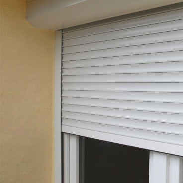 Persiana renovación de PVC de 40 mm - Pérgolas bioclimáticas, persianas y toldos a medida
